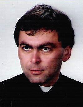 ks. mgr Krzysztof Czech - proboszcz ur. 20.03.1967 r., święcenia kapłańskie w r. 1992, pracuje w parafii od 2009 r. - ksiadz-czech